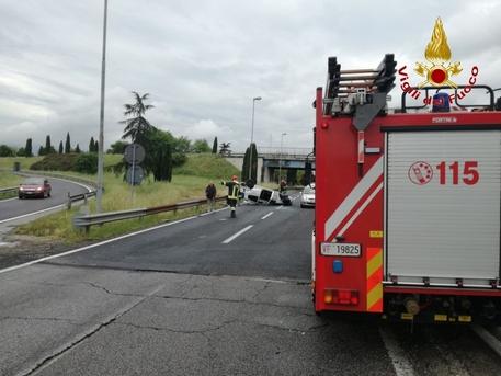 Incidenti a Lecce e a Brindisi, muoiono un 23enne e un 17enne