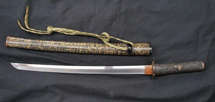 Lite in famiglia a Siracusa, gli trovano coltello giapponese