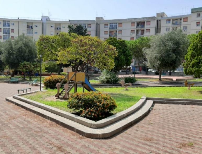 Siracusa, il Comune affida il Parco Robinson di via Algeri a 50 ragazzi