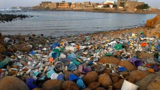"""WWF: """"Nel Mediterraneo il 7% della microplastica globale"""""""