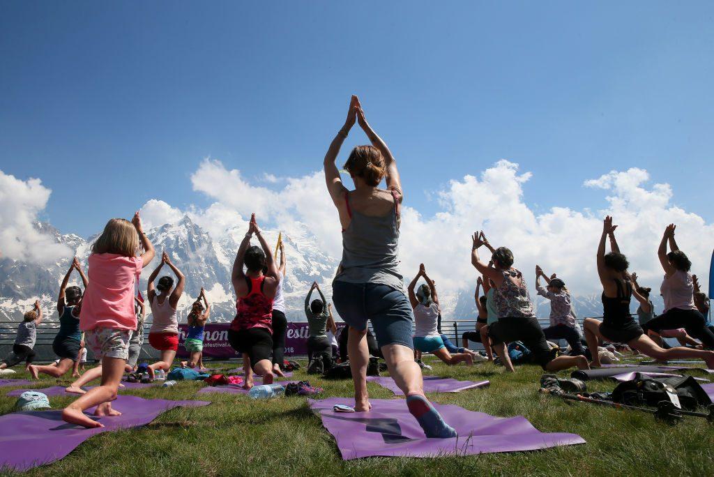 Festival dello Yoga dal 19 al 21 giugno a Cefalù: nove le lezioni al giorno