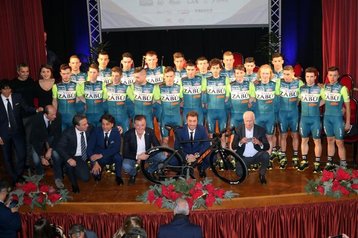Ciclismo, team siciliano 'Vini Zabù' parteciperà al 10'4esimo Giro d'Italia