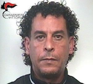 Vittoria, sorpreso mentre cede droga: arrestato un presunto spacciatore