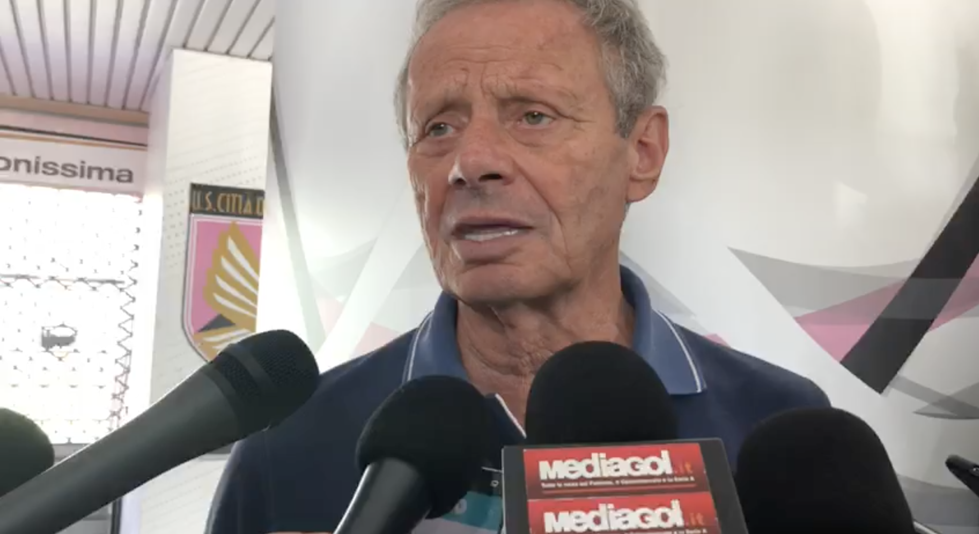 """Calcio, """"irregolarità sulla gestione"""" deferiti Zamparini ed il Palermo"""