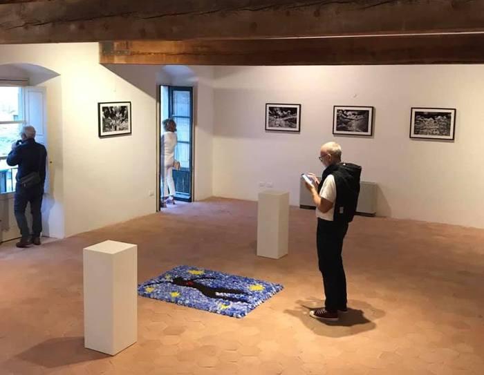 Mostre a Noto,  a Palazzo Nicolaci collettiva e personale  di Zanetti