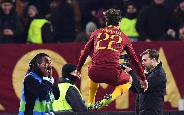 Champions, la Roma trascinata da Zaniolo supera il Porto per 2 a 1