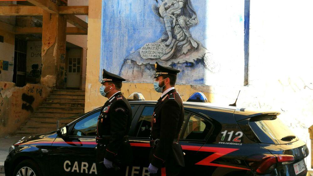 Covid, controlli dell'Arma nel quartiere Zen a Palermo: multe e 2 arresti