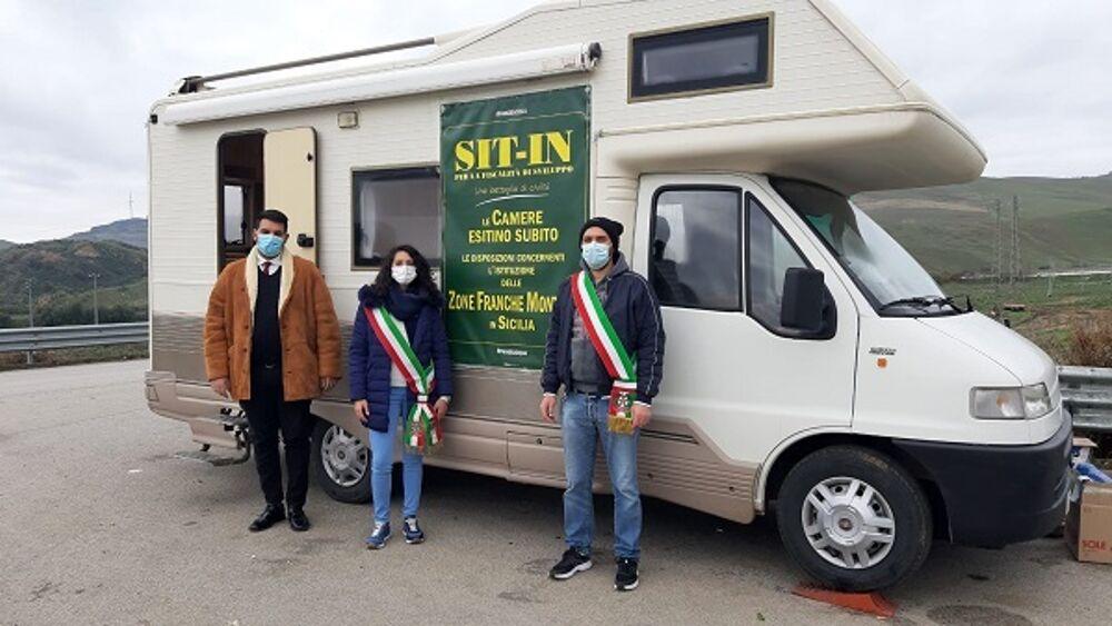 Zfm, da 20 giorni prosegue la protesta a Irosa di 132 sindaci siciliani