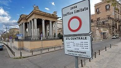 Ztl a Palermo, passa mozione in aula: la maggioranza si spacca