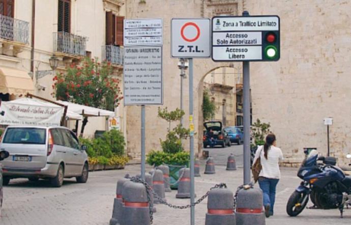 Siracusa, prorogata Ztl per consentire l'asporto e la vendita a Ortigia