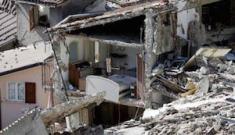 Terremoto, la terra trema ancora: migliaia sfollati