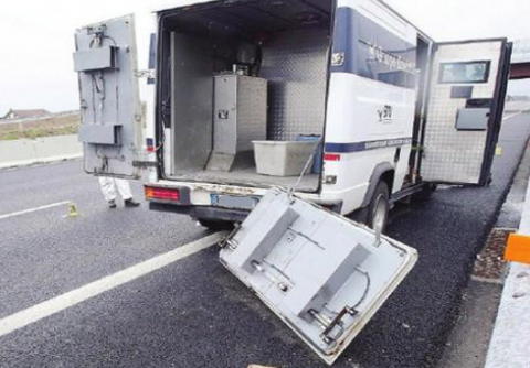 Fallisce assalto a portavalori nel Sulcis, sparatoria con la Polizia