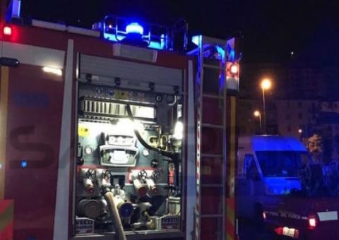Tre auto in fiamme a Gela, due erano del primario dell'ospedale