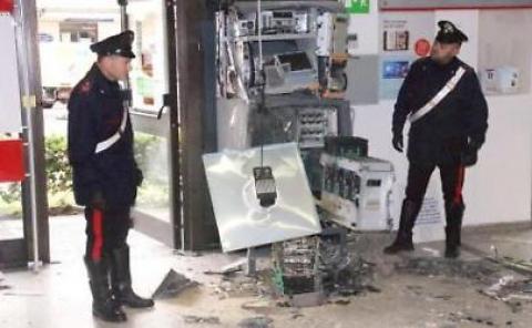 Assalti dei bancomat tra Veneto e Lombardia, arresti tra i