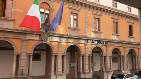 Vigile urbano ucciso a colpi di pistola a barile vicino for Ufficio decoro urbano catania