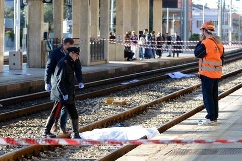 Mascali vagava tra i binari della ferrovia travolto e ucciso dal treno