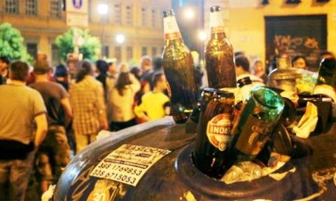 Il sindaco di Palermo, stop alle 20 alla vendita di alcolici: la Movida si ferma all'1,30