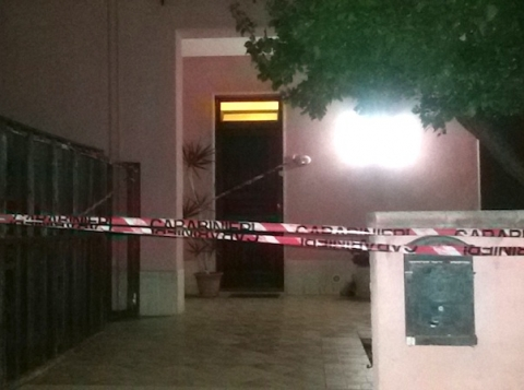 Donna uccisa nel Trapanese I carabinieri cercano il marito