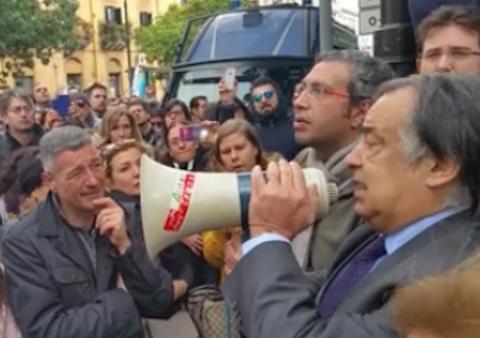 Almaviva, lavoratori di Palermo a Cosenza o licenziati. L'azienda: falsità dai sindacati