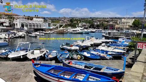 Noleggio barche non autorizzato: una denuncia a Catania
