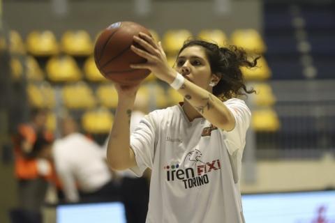 Basket donne, l'ala - pivot Valeria Trucco dal Moncalieri al Ragusa