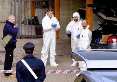Uccisa a coltellate in casa: tragedia nel Vco