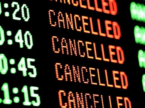 Famiglia gelese bloccata in aeroporti a Londra da due giorni$